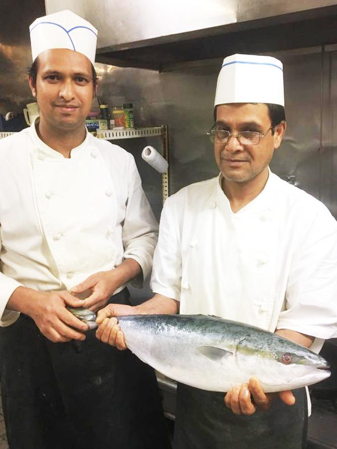 ボンベイ厚木 シェフと新鮮な魚